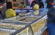 Giá vàng hôm nay 25-3: Nhảy vọt bất chấp các quỹ đầu tư bán thêm 7,2 tấn vàng
