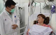 Cứu sống 1 phụ nữ bị rắn hổ mang cắn dẫn đến suy hô hấp, liệt toàn thân