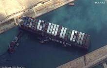 Chủ siêu tàu mắc kẹt ở kênh đào Suez đang chờ trời giúp