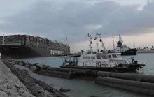 Thêm 2 tàu kéo đến cứu siêu tàu Ever Given