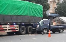 Xe tải tông đuôi xe đầu kéo, phụ xe tử vong tại chỗ