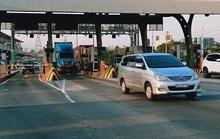 CSGT TP HCM: Xử lý nghiêm tài xế gây rối tại trạm thu phí xa lộ Hà Nội