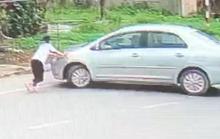 Nữ sinh lớp 9 bị xế hộp đẩy lùi cả chục mét vì chặn người đàn ông cướp 2 két bia