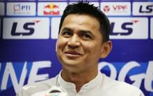 HLV Kiatisak nhắc chuyện Hà Nội FC sắp có HLV Hàn Quốc