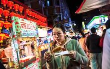 Chợ đêm Đài Loan tấp nập dù vắng bóng khách quốc tế