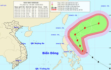 Siêu bão Surigae giật trên cấp 17 liên tục đổi hướng