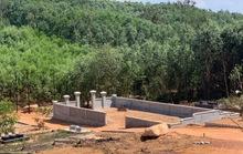 """""""Xẻ thịt"""" 1,4ha rừng xây mộ trái phép cho thân nhân """"đại gia"""""""