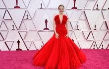 Những trang phục độc lạ tại Oscar 2021