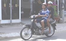 Người dân vùng biên vô tư không đeo khẩu trang khi ra đường