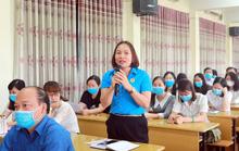 Hà Nội: 300 CNVC-LĐ tìm hiểu Bộ Luật Lao động và Luật Bầu cử