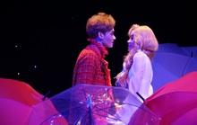 Romeo và Juliet cuốn hút khán giả, khiến Việt Anh, Hồng Vân hạnh phúc