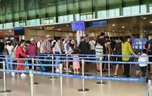 Lượng khách qua sân bay Tân Sơn Nhất đang tăng mạnh