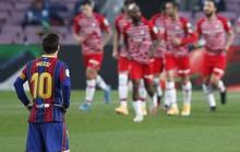 Barcelona thua sốc Granada 1-2, hẹp cửa đua vô địch La Liga