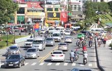 Mất 20 giờ chưa tới Đà Lạt do kẹt xe kinh hoàng ở đèo Bảo Lộc, Quốc lộ 20