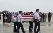 Tưởng niệm 20 năm tai nạn trực thăng làm 16 người tử nạn khi tìm kiếm người Mỹ mất tích
