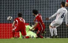Thần đồng Vinicius lập cú đúp, Real Madrid đặt một chân vào bán kết Champions League