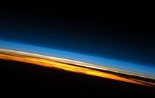 Thứ đáng sợ đang bào mỏng khí quyển Trái Đất, tấn công các vệ tinh