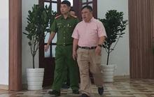 Vụ khởi tố nguyên giám đốc Bệnh viện Mắt TP HCM: Móc túi gần chục tỉ đồng của người bệnh