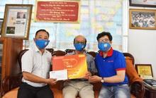 Chương trình Mai Vàng nhân ái thăm Nhà giáo Nhân dân Hà Quang Văn và nhạc sĩ Phùng Trọng