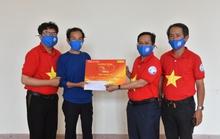 Mai Vàng nhân ái thăm NSND Hoàng Phi Long và nghệ sĩ Bửu Khánh