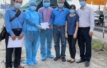 Động viên y bác sĩ tại các chốt phòng chống dịch