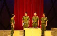 Nhà hát Công an Nhân dân dời đợt lưu diễn vở kịch Vẫn sống