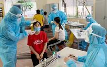 3 cán bộ y tế tuyến đầu dương tính SARS-CoV-2
