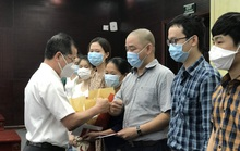 Phó Giám đốc và các chuyên gia, bác sĩ Bệnh viện Trung ương Huế xung phong vào vùng dịch Bắc Giang