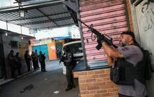 Brazil: Cảnh sát truy quét tội phạm như phim, ít nhất 25 người chết