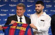 Sergio Aguero chính thức gia nhập Barcelona với phí 0 đồng
