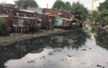 Hàng ngàn căn nhà tạm ven kênh rạch ở TP HCM có nguy cơ sụp đổ