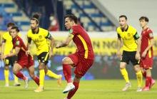 Việt Nam - Malaysia 2-1: Chiến thắng nghẹt thở