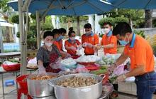 Tập đoàn Địa ốc Kim Oanh tiếp tục tri ân tuyến đầu chống dịch