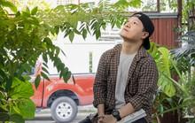 """Lai Thượng Hưng - Chàng trai """"vẽ"""" thơ định nghĩa """"Hạnh phúc là ngay tại đây, ngay lúc này"""""""