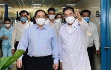 Thủ tướng Phạm Minh Chính kiểm tra công tác phòng chống dịch Covid-19 ở TP HCM