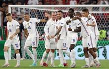 Thụy Sĩ hẹn đôi công với Pháp