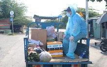ẤM LÒNG NHỮNG NGÀY GIÃN CÁCH (*): Đội shipper áo xanh ở Ehome 3