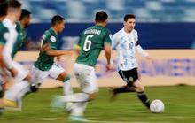 Lionel Messi lập kỷ lục độc nhất vô nhị, Argentina thẳng tiến tứ kết Copa America