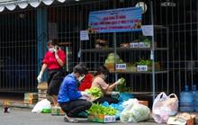 Đi chợ 0 đồng trong khu cách ly ở TP HCM