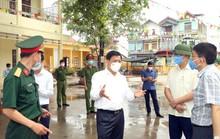Chủ tịch xã bị đình chỉ, chủ tịch huyện bị phê bình vì lơ là chống dịch