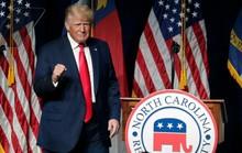 Ông Trump rời đại bản doanh Florida, tuyên bố Mỹ đang tụt lùi