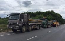 Ba tài xế xe tải không chịu mở cửa, thi gan suốt 3 giờ với CSGT