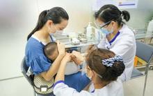 Tiến tới xóa vùng lõm thiếu vắc-xin ở vùng sâu, vùng xa