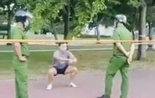 TP HCM: Nam thanh niên tập thể dục ở công viên, phớt lờ công an bị phạt 4 triệu đồng