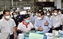 Thủ tướng: Cấp 400.000 liều vắc-xin cho Long An phòng chống dịch Covid-19