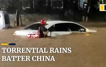 Mưa như trút nước, Trung Quốc hứng chịu lũ lụt diện rộng