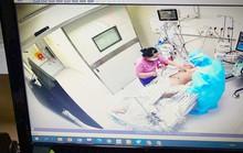 Bé gái 14 tuổi dương tính với SARS-CoV-2 được cứu sống