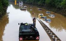 Lời cảnh báo đằng sau mưa lũ ở Tây Âu