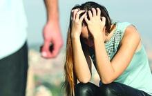 Ly hôn 3 năm vẫn bị ám ảnh bởi những trận đòn của chồng cũ