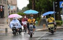 Đông Á đối mặt 2 cơn bão mạnh, sức gió 120 km/giờ
